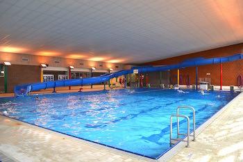 Saint servais d but du chantier de la piscine for Club piscine st jerome telephone