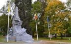 Impressionnante transformation du Monument aux héros de la Province :