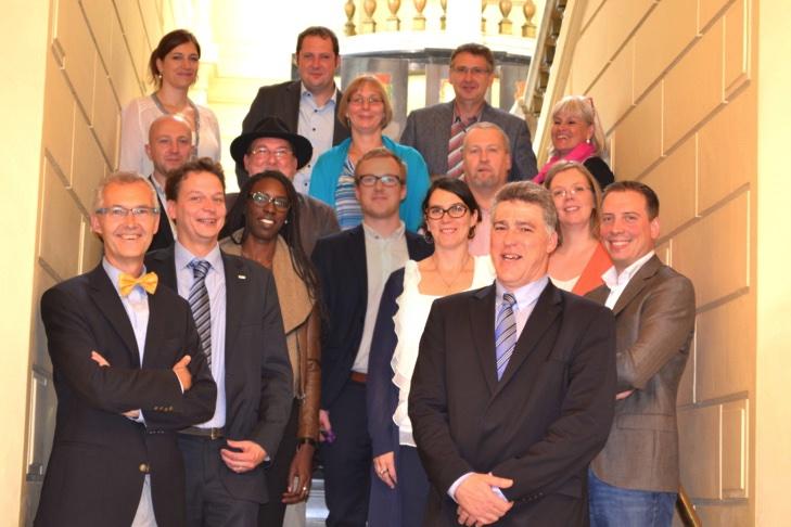 Lodka Jentgen (Ipieq Namur), Geoffroy Docquire (Confédération de la construction), Patrick Spinglaire (FVB FFC), André Fuzfa (Unamur), Françoise Michiels (CSEF), Ariane Gallez (SIEP), Alain Jacques, Marc De Vriese (IFAPME), Coumba Sylla (Province de Namur), M Berkmann (stagiaire), Valérie Galloy (Azimut), Laurence Leprince (Directrice Communale Adjointe), Christophe Yernaux (Azimut), Jean-Marc Van Espen (Député Provincial), Tanguy Auspert (Coordinateur du Projet)