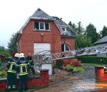 Six enfants sauvés des flammes par un voisin