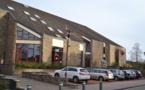 Jambes, Parc Astrid : lifting des toitures de l'école et de la salle communale